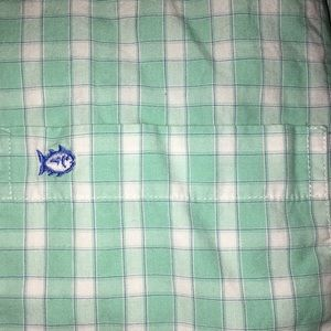 Southern tide button up shirt